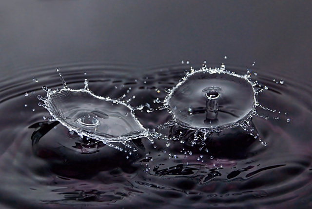 High Speed Photograpy Gallery - Water Drop Photography - Double Umbrella Drop